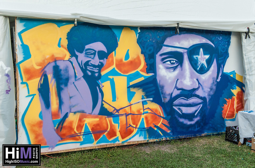 A James Booker spray painting at Jazz Fest 2014. (HIGH ISO Music, LLC)