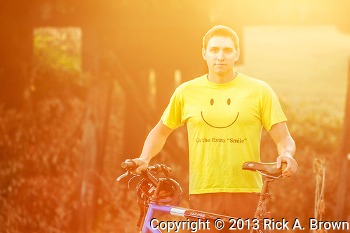 USA, Oregon, Scio, a cyclist, first thing in the morning. MR (Rick A. Brown)