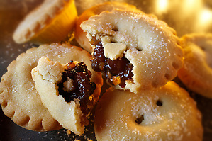 Traditional Christmas Mince Pies (&Acirc;&copy; Paul Williams 2009)