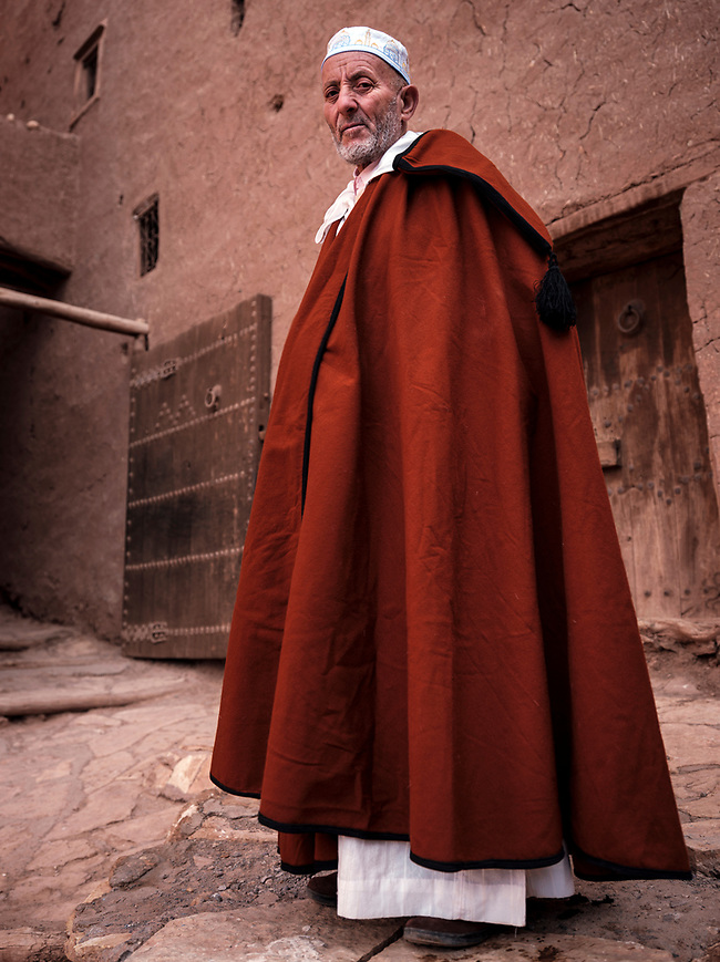 AIT BEN HADDOU, MOROCCO - CIRCA APRIL 2017: Moroccan man wearing traditional closes at the Ksar Ait Ben Haddou (Daniel Korzeniewski)