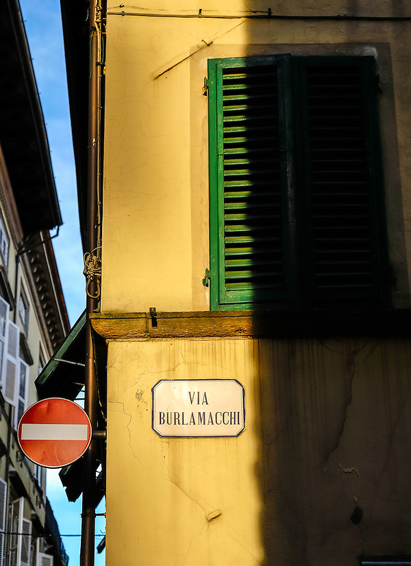 LUCCA ITALY - CIRCA MAY 2015: Via Burlamacchi in Lucca, a typical street in the historic Tuscan town (Daniel Korzeniewski)