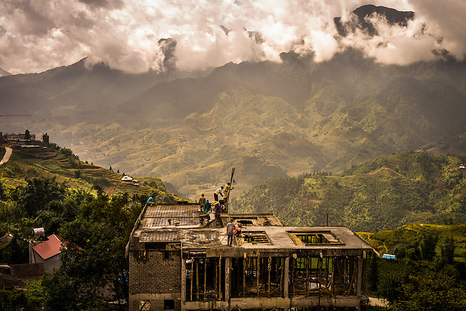 Construction of a new hotel in Sapa, Vietnam (Quinn Ryan Mattingly)