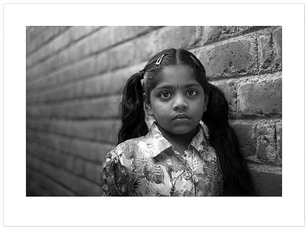 Young girl - Chennai, India (Ian Mylam/© Ian Mylam (www.ianmylam.com))