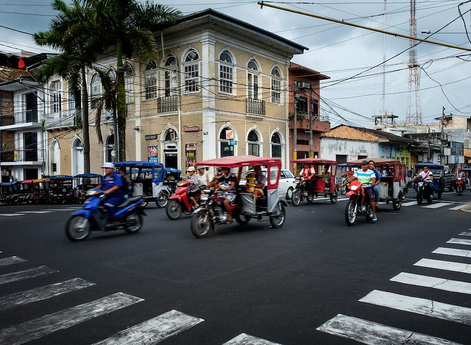IQUITOS, PERU - CIRCA OCTOBER 2015: Street in Iquitos, a city in the Peruvian Amazon. (Daniel Korzeniewski)