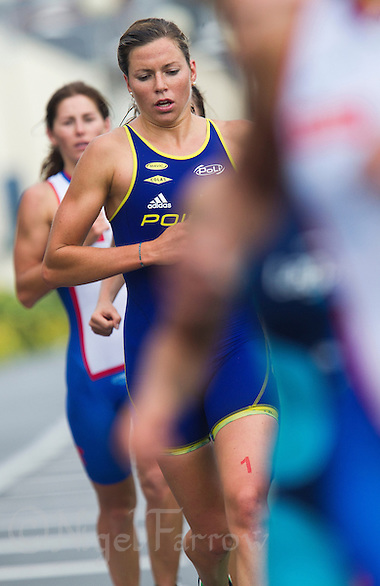 17 SEP 2011 - LA BAULE, FRA - Berengere Abraham (Poissy Triathlon) - final round of the women's French Grand Prix Series at the Triathlon Audencia in La Baule, France (PHOTO (C) NIGEL FARROW) (NIGEL FARROW/(C) 2011 NIGEL FARROW)