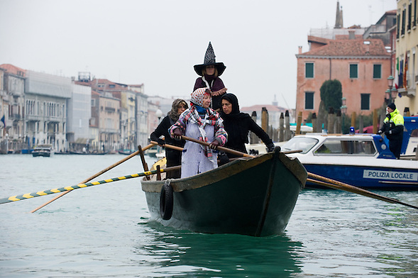 Venice  Regata della Befana at Arzana..***Agreed Fee's Apply To All Image Use***.Marco Secchi /Xianpix.tel +44 (0)207 1939846.tel +39 02 400 47313. e-mail sales@xianpix.com.www.marcosecchi.com (Marco Secchi)