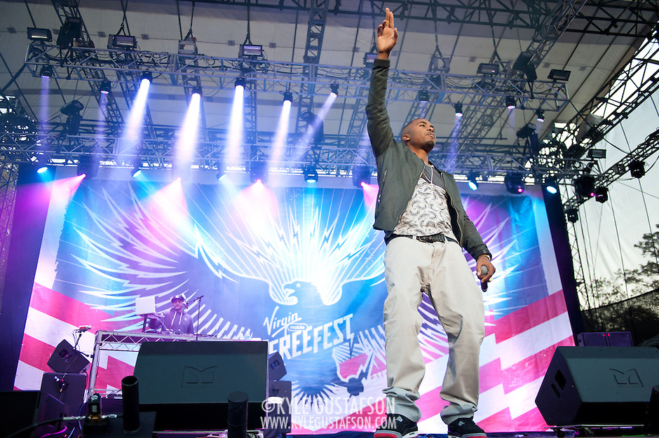 COLUMBIA, MD - October 6th, 2012 - Hip-hop legend Nas performs at the 2012 Virgin Mobile FreeFest in Columbia, MD. (Photo by Kyle Gustafson / For The Washington Post) (Kyle Gustafson/For The Washington Post)