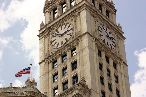 View of the clock tower on the Wrigley Building in Chicago (Ian C Whitworth)