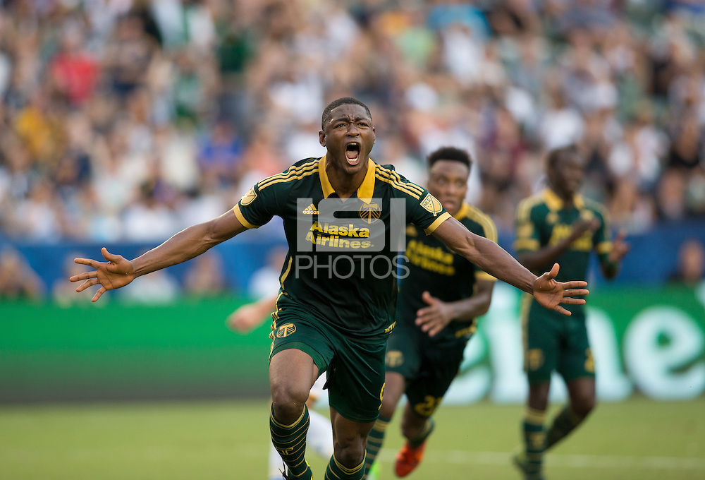 CARSON, Calif. - Sunday, October 18, 2015: The Portland Timbers defeat the Los Angeles Galaxy 5-2 during Major League Soccer (MLS) play at StubHub Center stadium. (Michael Janosz/isiphotos.com)