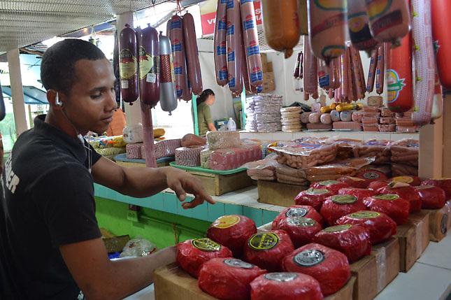 La ciudadanía se queja por los últimos aumentos de precio de los alimentos