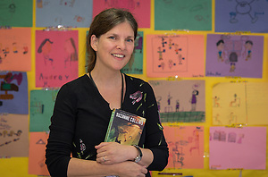 Jennifer Hannah poses for a photograph at Wainwright Elementary School, November 6, 2014. (Houston ISD/Dave Einsel)