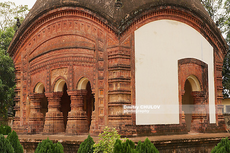 Hindu Temple in Puthia, Bangladesh. (Dmitry Chulov)