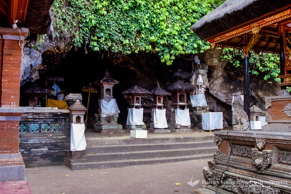 Bali, Klungkung, Goa Lawah. The bat cave. A Shiva temple with shrines guards the entrance. (Photo Bjorn Grotting)
