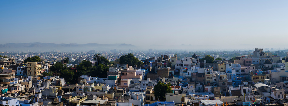 UDAIPUR, INDIA - CIRCA NOVEMBER 2016: Panoramic view of Udaipur (Daniel Korzeniewski)