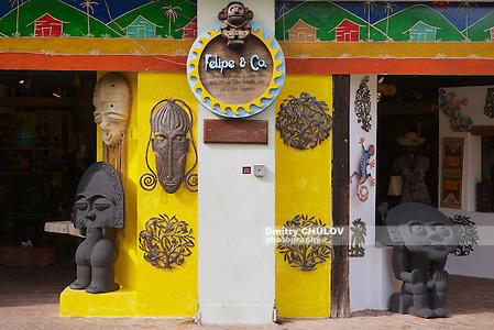 SANTO DOMINGO, DOMINICAN REPUBLIC - NOVEMBER 08, 2012: Exterior of a souvenir shop in Santo Domingo, Dominican Republic. (Dmitry Chulov)