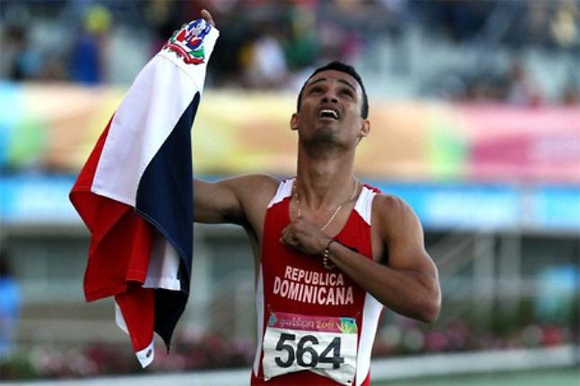 El medallista olímpico Luguelin Santos, un dominicano de todo corazón.