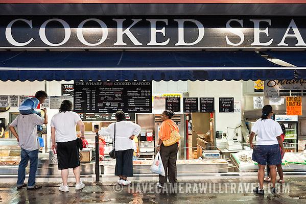 Maine Avenue Fish Market Captain Whites at the Maine Avenue Fish Market at night j230231957