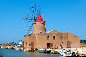 Ettore Infesera windmill, Masala Sicily. travel stock photos (Paul Williams)