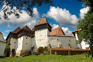 Front view of the Szekly medieval fortified church of Viscri, Buneşti, Braşov, Transylvania. Started in the 1100's. UNESCO World Heritage Site (Paul E Williams)