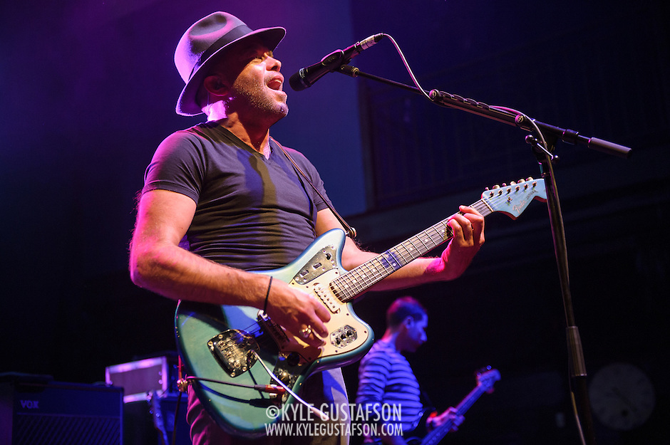 Mark Gardener and Steve Queralt of Ride perform at the 9:30 Club in Washington, D.C. on the opening night of their fall U.S. tour. (Photo by Kyle Gustafson)