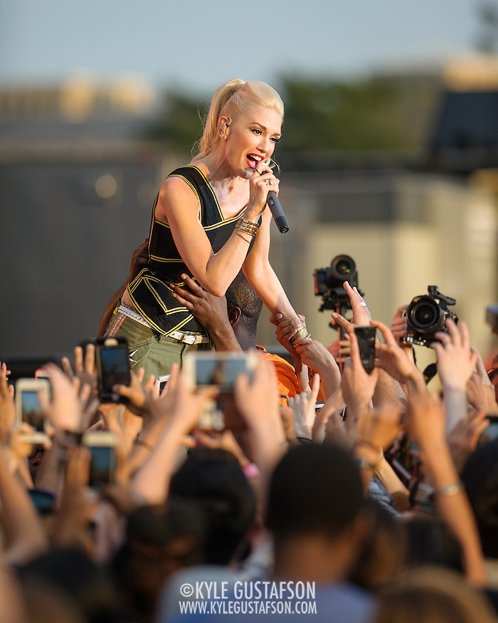 WASHINGTON, D.C. - April 18th, 2015 - Gwen Stefani of No Doubt performs at the Global Citizen 2015 Earth Day concert on the National Mall in Washington, D.C. (Photo by Kyle Gustafson / For The Washington Post) (Kyle Gustafson/For The Washington Post)