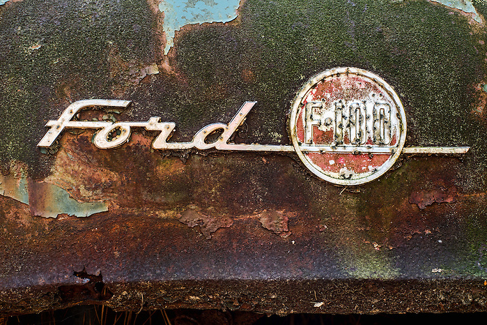 "Vintage Car Graveyard at ""Old Car City USA"" in White Georgia. (Walter Arnold)"