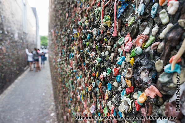 Bubblegum Alley in San Louis Obispo (Michael Halberstadt)