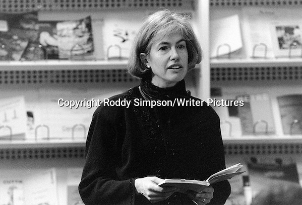 Anne Simpson (b.1956), Canadian poet, novelist, and essayist, at the Scottish Poetry Library in Edinburgh on October 26th, 2004. (Roddy Simpson/Writer Pictures)