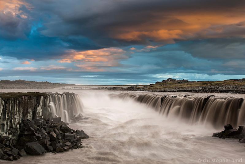 Sunset by Selfoss waterfall. The falls are in the river Jökulsá á Fjöllum in Northeast Iceland. (Christopher Lund/©2010 Christopher Lund)