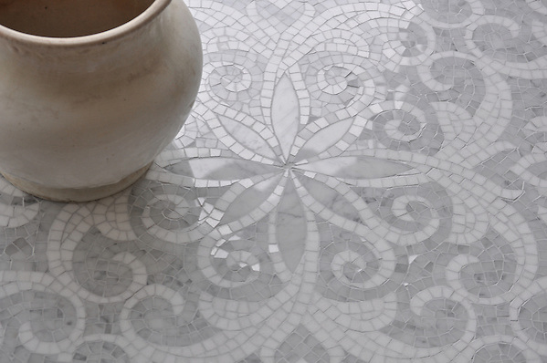 Arabella floor in polished Carrara and Thassos. (New Ravenna Mosaics 2009)