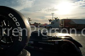 #42 Eurosport Racing Elan DP02: Jim Garrett (Darren Pierson)