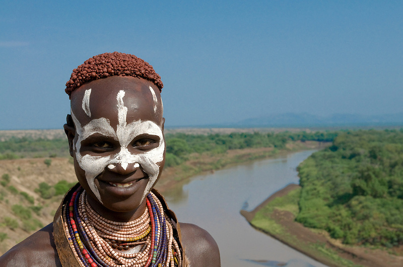 Woman from the Karo tribe, with colour in her face, Omovalley, Ethiopia,Africa (Michael Runkel)