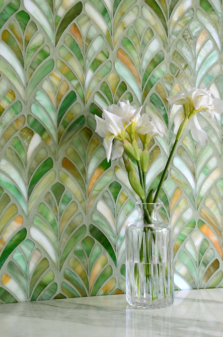 Margot, a jewel glass waterjet mosaic, is shown in Emerald. (New Ravenna ®)