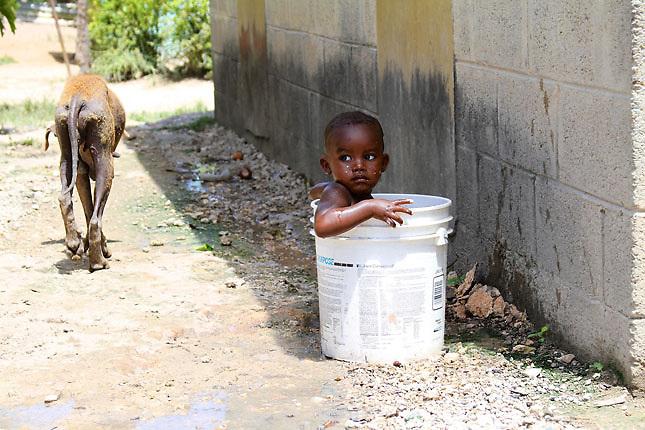 El 76.7 % de la población de Barahona es pobre y carece de expectativas de mejora