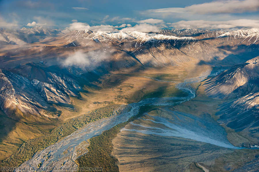 Aerial of the sheenjek river, Brooks Range, Arctic National Wildlife Refuge, Alaska. (Patrick J. Endres / AlaskaPhotoGraphics.com)