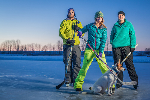UAA Business Administration student and Moose's Tooth bartender Roy Clanton with friends Kristen Englund and Nori Dixon and his dog, LeBron, at Westchester Lagoon, Anchorage  thegreatwan@hotmail.com (© Clark James Mishler)