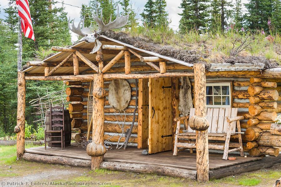 Rustic log cabin near Glennallen, Alaska. (Patrick J. Endres / AlaskaPhotoGraphics.com)
