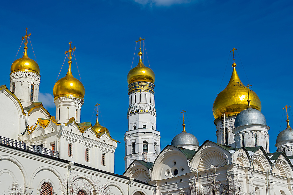 Golden Cupolas in the Moscow Kremlin (Daniel Korzeniewski)
