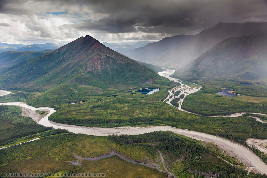 Aerial of the John River and Allen River, Brooks Range mountains, Arctic, Alaska. (Patrick J. Endres / AlaskaPhotoGraphics.com)