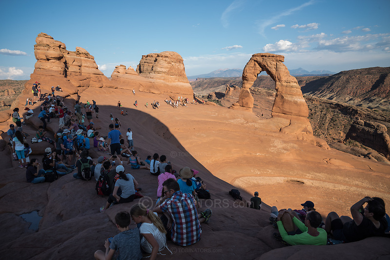 Crowds await sunset at Delicate Arch, utah. Picture by Andrew Tobin. (Andrew Tobin)