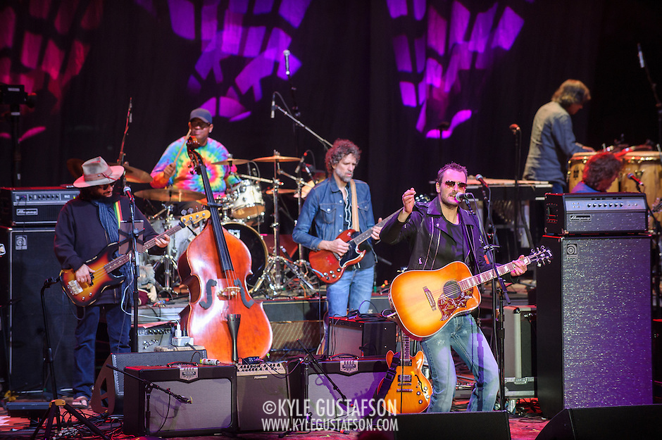 COLUMBIA, MD - May 14, 2015 - Eric Church (front)  performs wight he house band including Don Was, Raymond Weber, and Audley Freed during the Dear Jerry: Celebrating the Music of Jerry Garcia concert at Merriweather Post Pavilion in Columbia, MD. (Photo by Kyle Gustafson / For The Washington Post) (Kyle Gustafson/For The Washington Post)