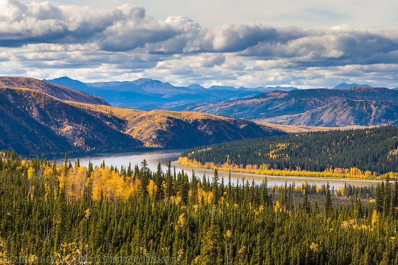 Yukon river, interior, Alaska. (Patrick J. Endres / AlaskaPhotoGraphics.com)
