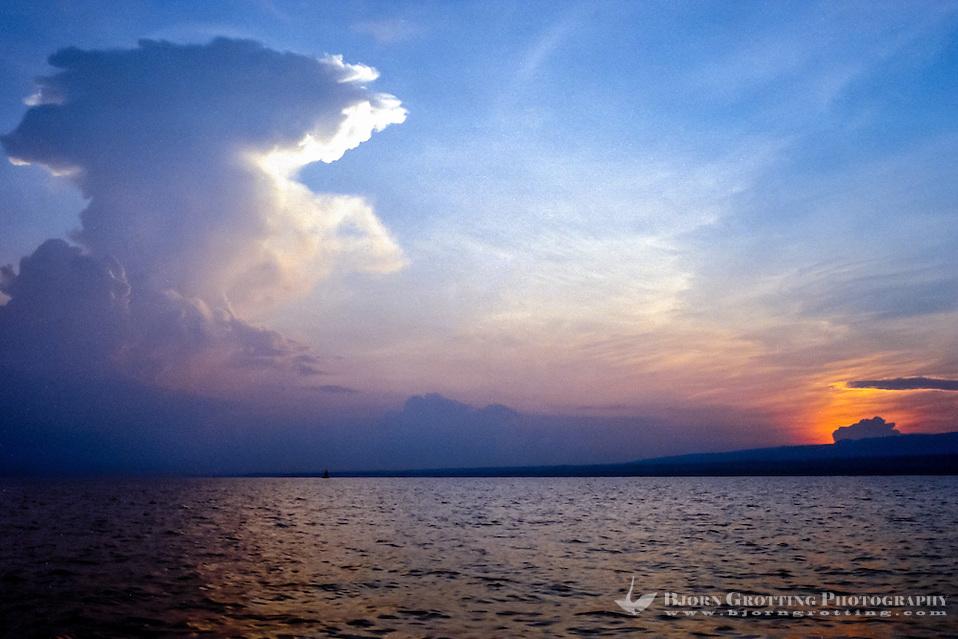 Bali, Buleleng, Lovina. 6 o'clock in the morning outside Lovina coast. (Bjorn Grotting)