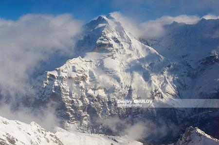 Winter mountain view in Bernese Oberland, Switzerland. (Dmitry Chulov)