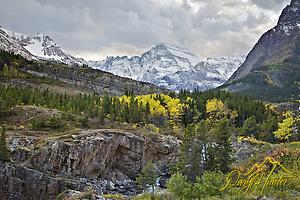 "Mt. Gould, Fall colors, Glacier National Park (Daryl Hunter's ""The Hole Picture"" � Daryl L. Hunter has been photographing the Yellowstone Region since 1987, when he packed up his view camera, Pentex 6X7, and his 35mm�s and headed to Jackson Hole Wyoming. Besides selling photography Daryl also publ/Daryl L. Hunter)"