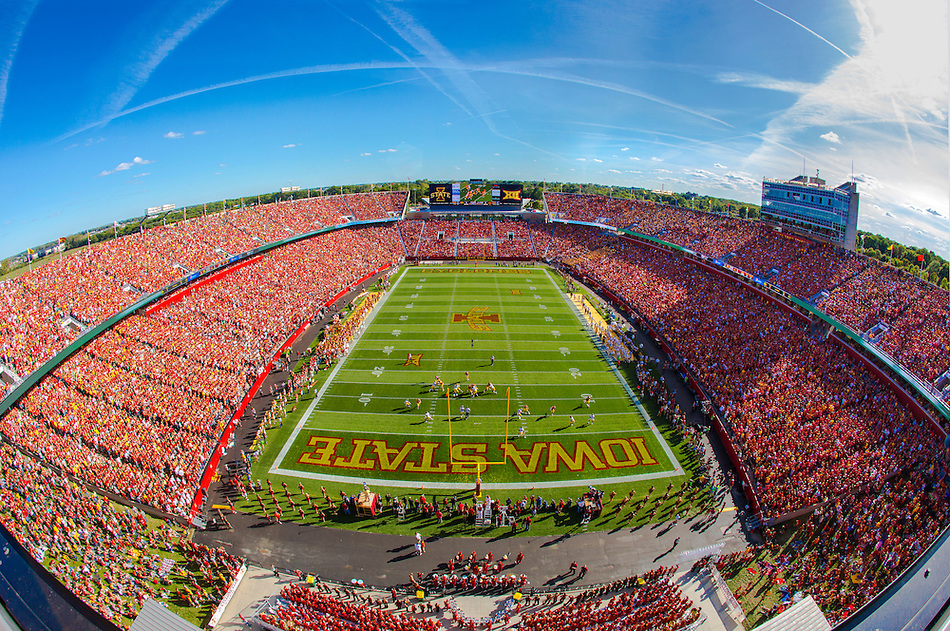 Jack trice Stadium is packed to 61,500 for Iowa State's game against Iowa on Sept 12, 2015. (Photo by Christopher Gannon/Iowa State University) (Christopher Gannon)