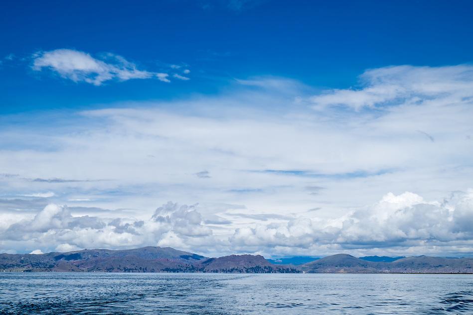 View of lake Titicaca in Peru. (Daniel Korzeniewski)