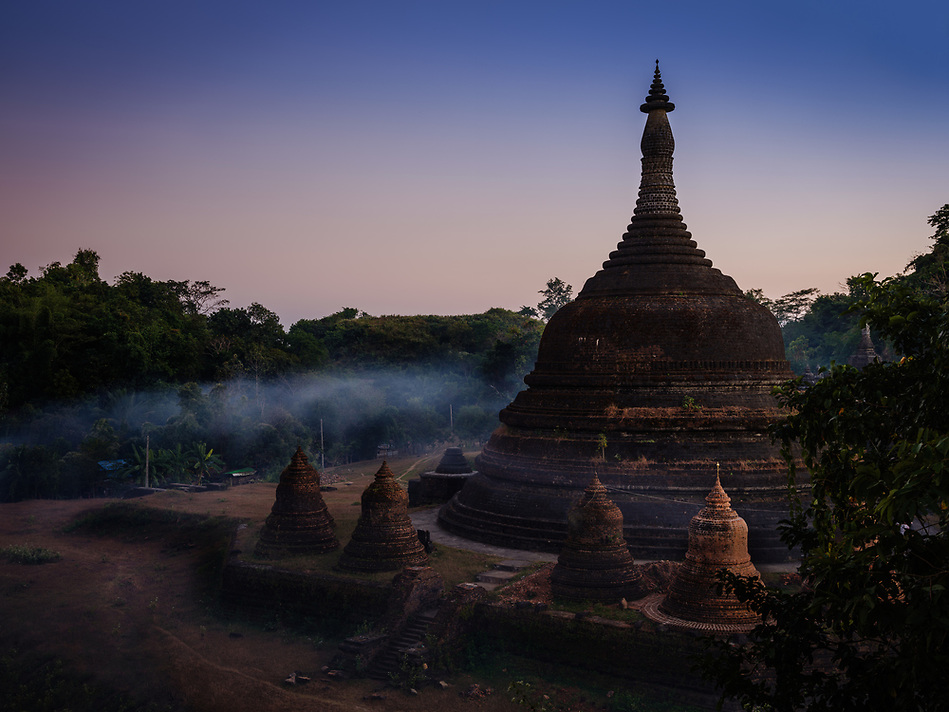 MRAUK U, MYANMAR - CIRCA DECEMBER 2017: Andaw-Thein Temple Stupa at Sunset In Mrauk U, Rakhine State. (Daniel Korzeniewski)