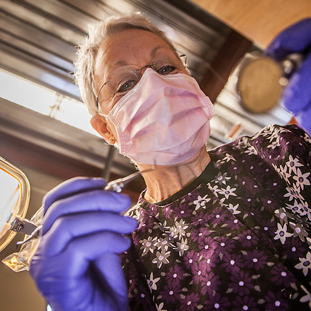 Dental Hygientist, Ronni Ritter, Anchorage  ravingartdesigns@yahoo.com (© Clark James Mishler)