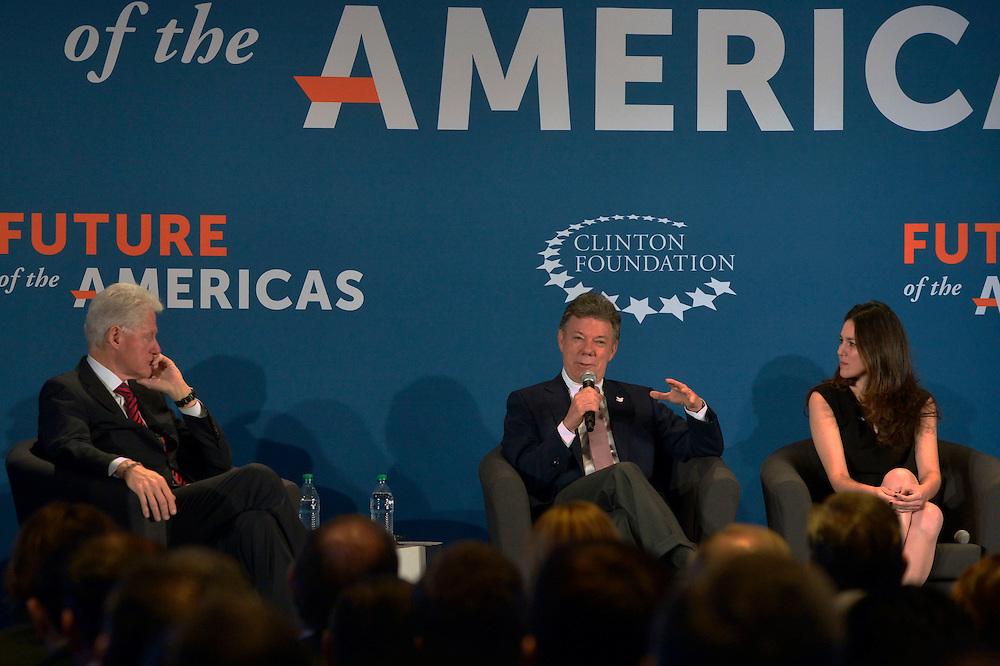 Bill Clinton y Juan Manuel Santos.